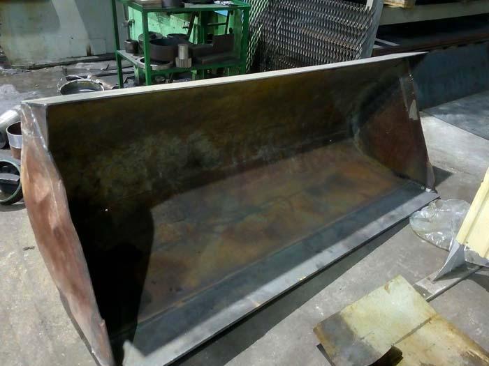 ремонт ковша бульдозера, замена режущий кромки, ремонт тяговых проушин в Нижнем Новгороде