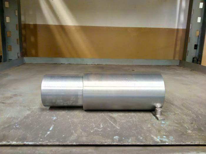 изготовление ступенчатой оси D=125, L=350, сталь 09Г2С