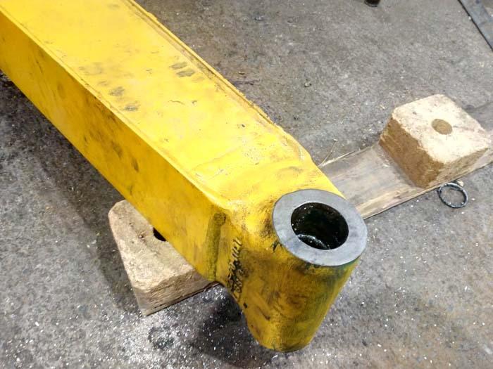 ремонт стрелы экскаватора комацу