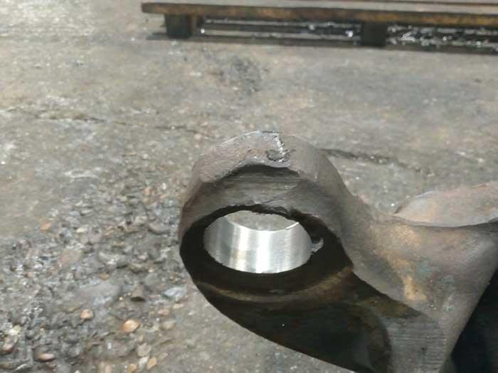 ремонт отверстий поворотного кулака
